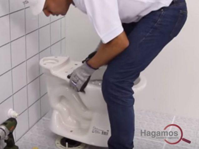 como-pegar-un-inodoro-con-cemento-blanco